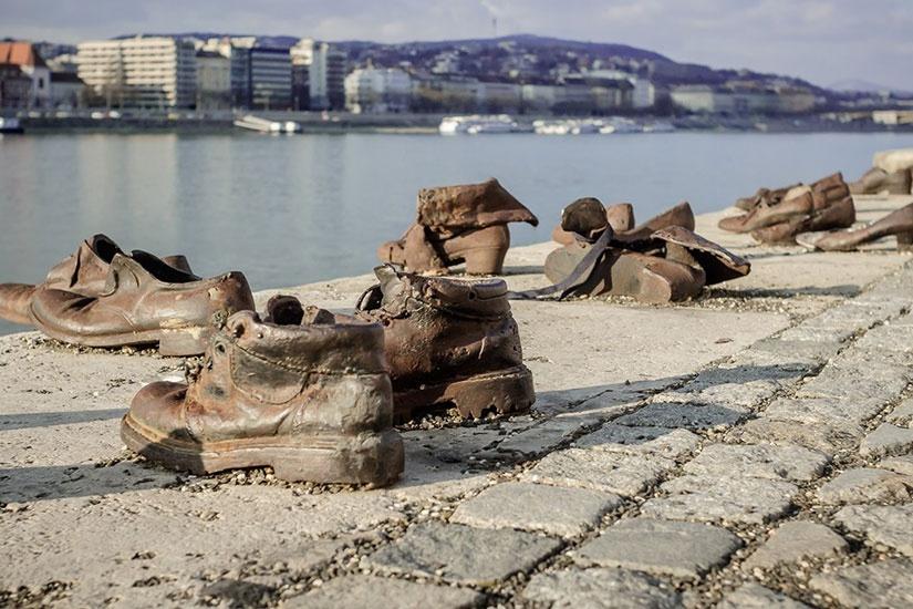 Набережная Дуная в туфлях...